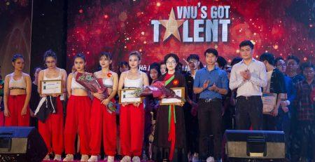 Ecorp đồng hành cùng ĐHQG Hà Nội trong Gala Tự hào SV ĐHQGHN 2018