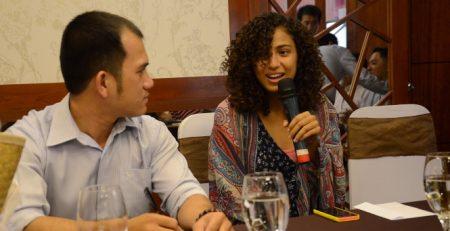 Cách làm quen người nước ngoài bằng tiếng Anh trong các sự kiện