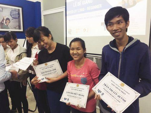 Cơ hội nhận chứng chỉ Anh ngữ quốc tế từ Singapore - Ecorp
