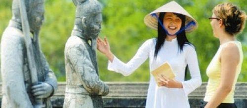 Tiếng Anh giao tiếp trong nghề hướng dẫn viên du lịch