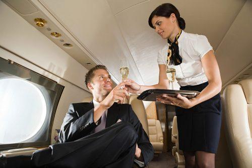 Tiếng Anh giao tiếp trong nghề tiếp viên hàng không