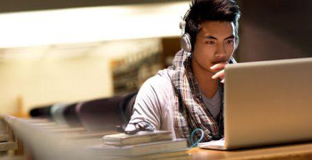 giải pháp khắc phục khó khăn khi học tiếng Anh cho người dã đi làm