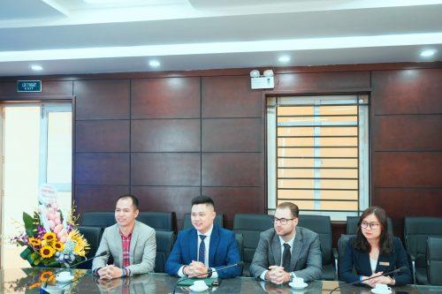Lễ ký kết thỏa thuận hợp tác độc quyền giữa ECORP với trường Đại học Tài nguyên và Môi trường Hà Nội