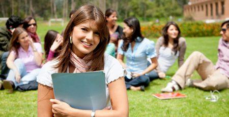 Tự học tiếng Anh giao tiếp và 5 điều bạn nên biết