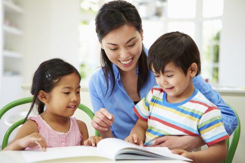 những điều cha mẹ thường ngăn cản nhưng lại có tác dụng tới việc học tiếng anh của trẻ